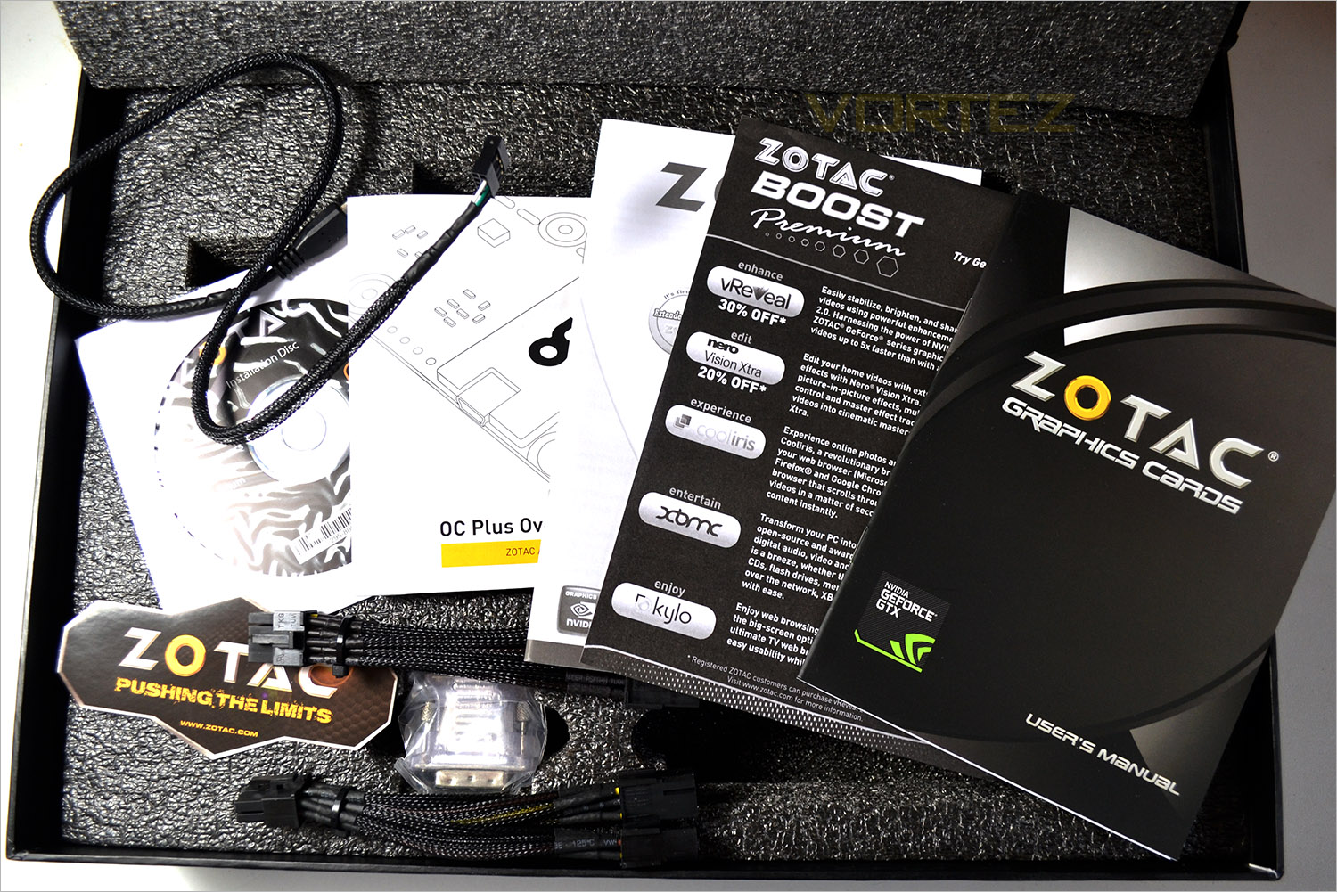 ZOTAC GTX 970 AMP! EXTREME & CORE Review - Packaging