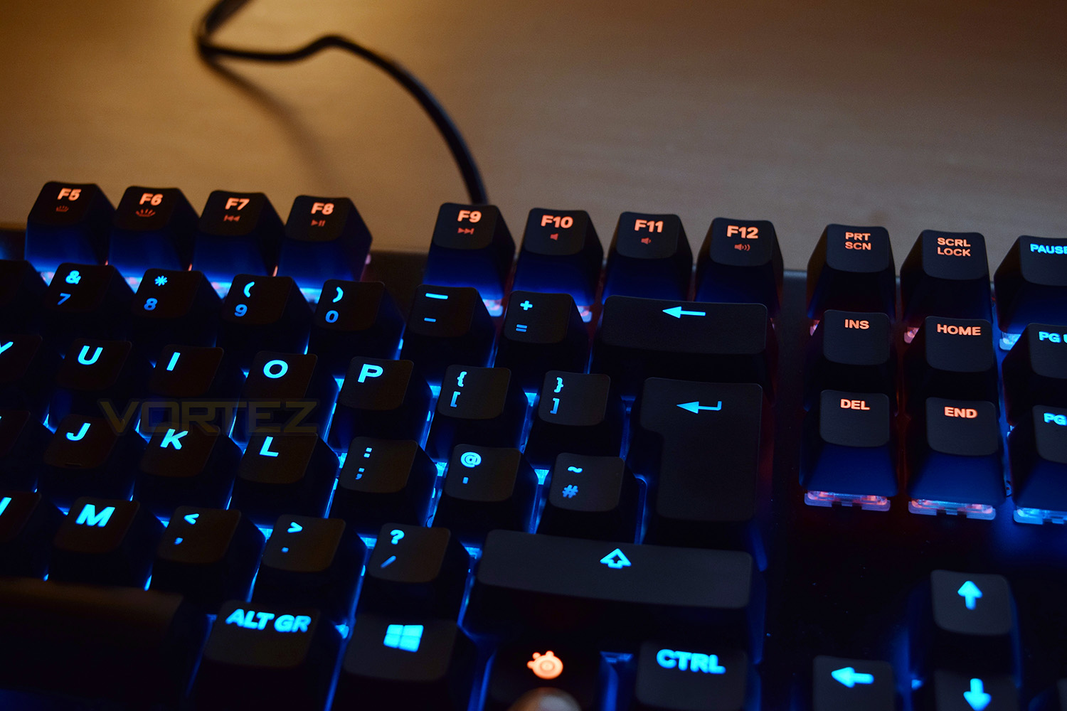 SteelSeries Apex M750 Review - Closer Look (Continued)