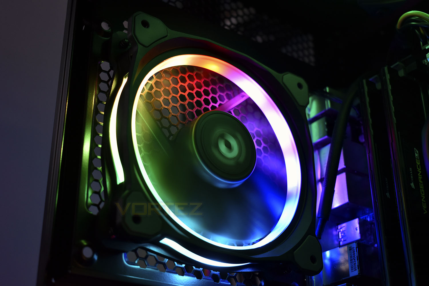 Thermaltake Riing Plus 12 TT Premium Edition RGB Fan Triple