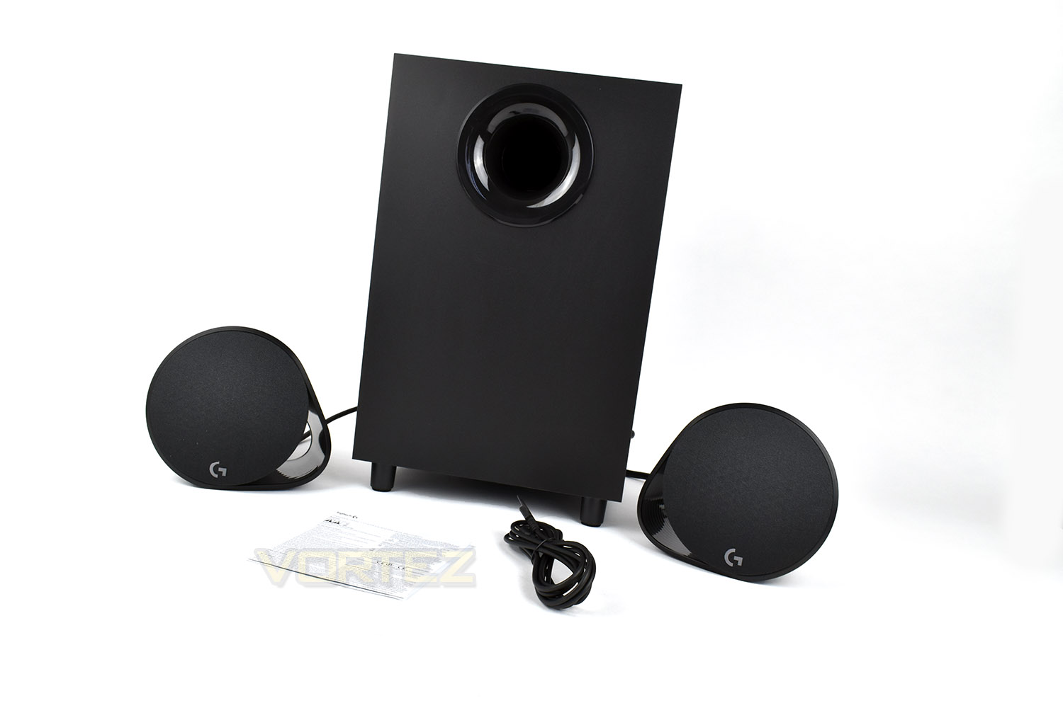 Logitech G560 Rgb Pc Gaming Speakers Review Packaging First Look Lightsync Speaker Included In The Box Is A Subwoofer Pair Of Tweeters Usb Connection Cable And Small Leaflet On Warranty Information 35mm To Wouldve