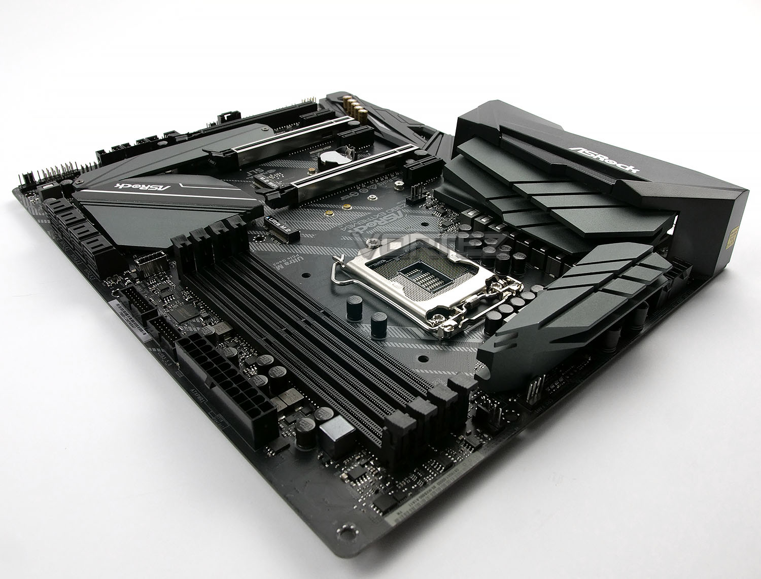 ASRock Z390 Extreme4 Review - Introduction