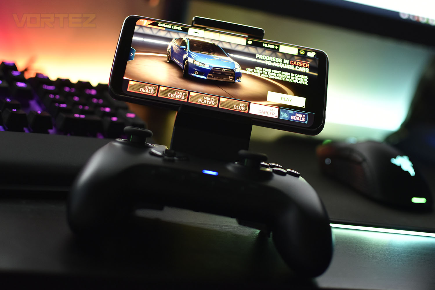 Razer Raiju Mobile Review Introduction Enjoy total freedom gaming wirelessly whether at home or at your best mates', and simply switch to wired gameplay during a tournament for that extra assurance. razer raiju mobile review introduction