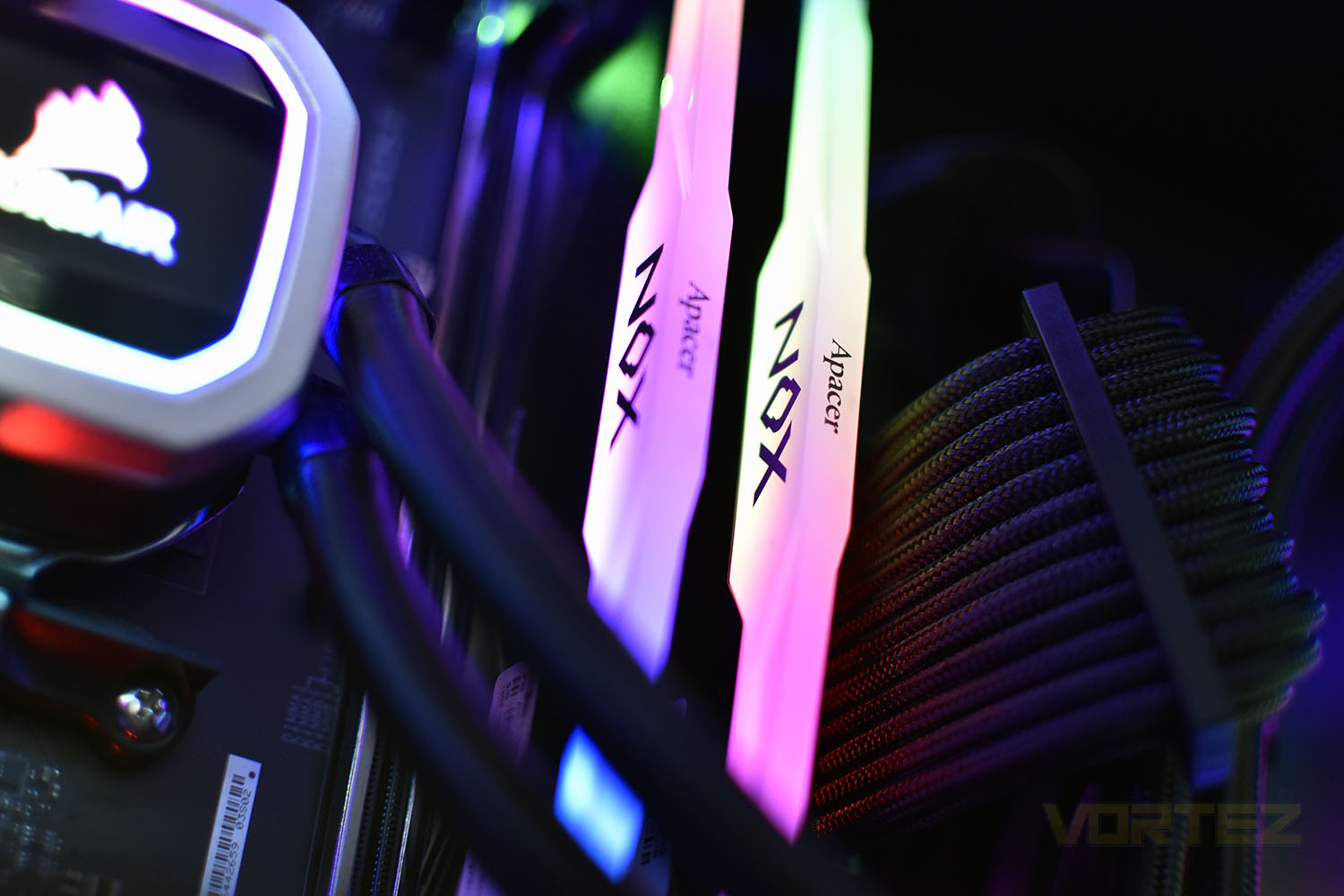 Apacer NOX RGB DDR4 Review - Introduction