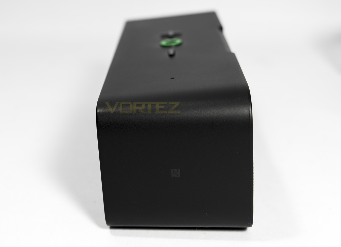 razer leviathan mini nfc point.jpg