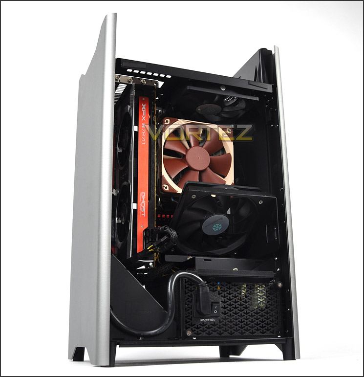Plugged In Review >> SilverStone Fortress FT03 Review - Installation