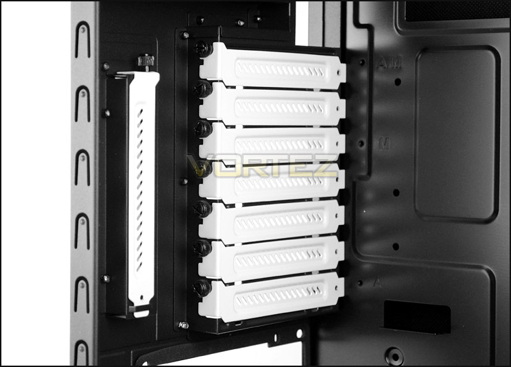 Fractal Design Define R4 Review Interior Continued