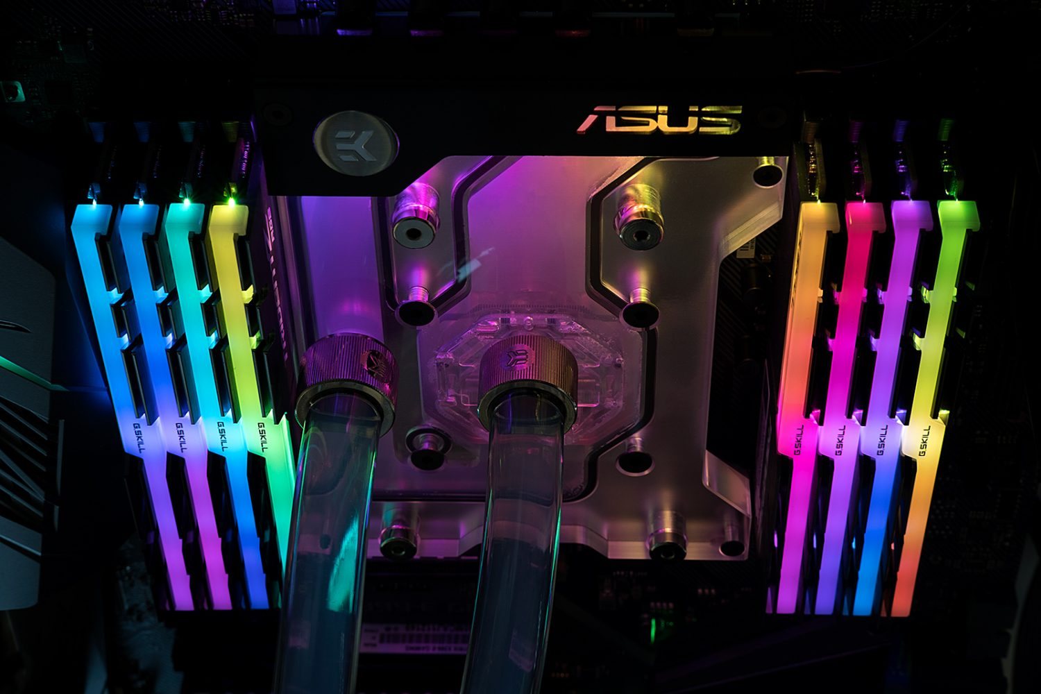 EKWB Outs RGB Monoblock for ASUS X399 Motherboards